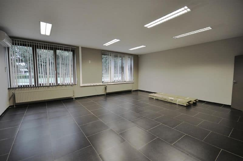 Office or business for rent in Mont Saint Guibert