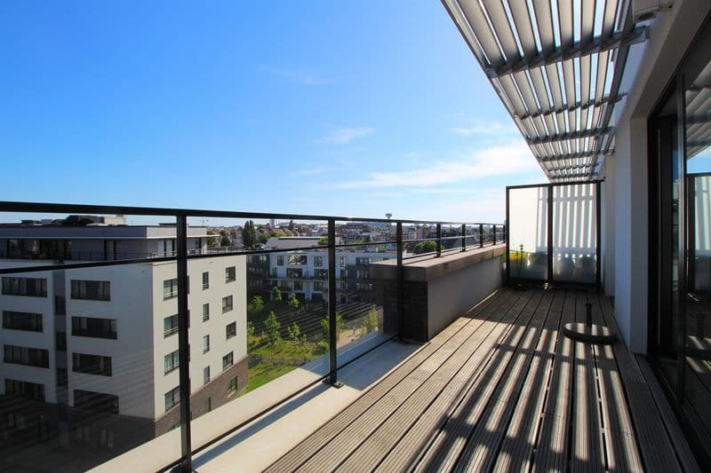 Penthouse for rent in Evere