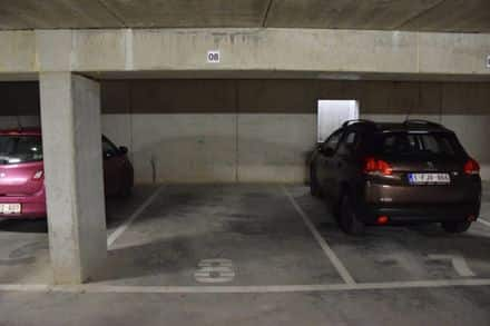 Parking ou garage à louer