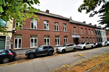Industrial building<span>3200</span>m² for rent