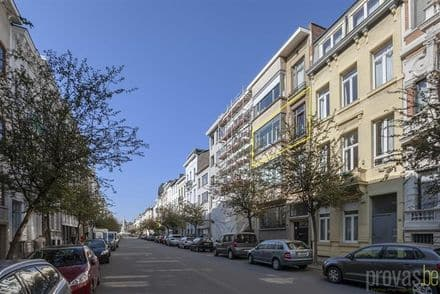 Apartment<span>190</span>m² for rent