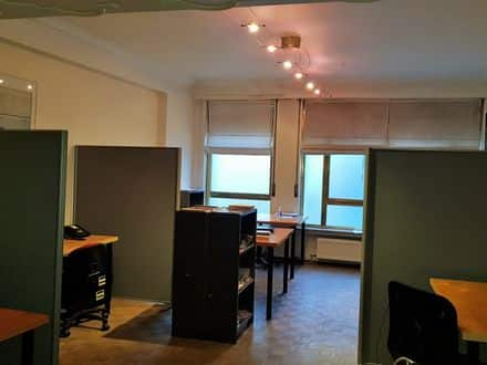 Office<span>92</span>m² for rent