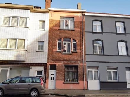 House<span>160</span>m² for rent Ghent