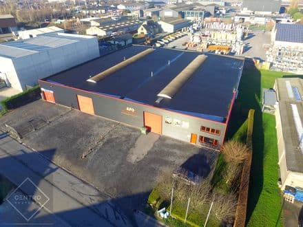 Industrial building<span>2266</span>m² for rent