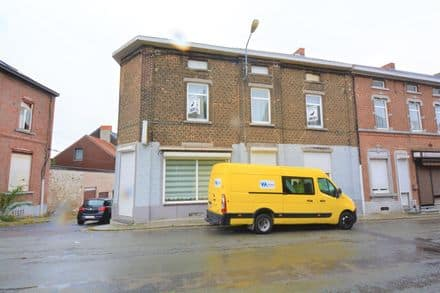 House<span>229</span>m² for rent