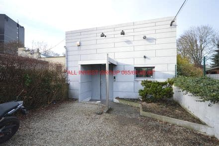 Warehouse<span>270</span>m² for rent