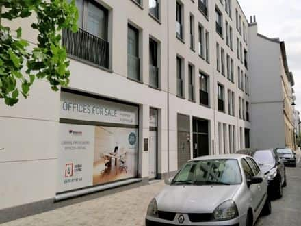 Business<span>117</span>m² for rent Brussels