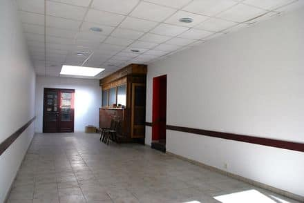Business<span>270</span>m² for rent