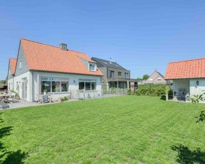 Villa<span>297</span>m² for rent Moerbeke Waas