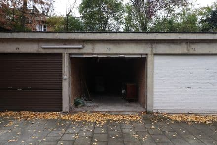 Parking space or garage<span>13</span>m² for rent