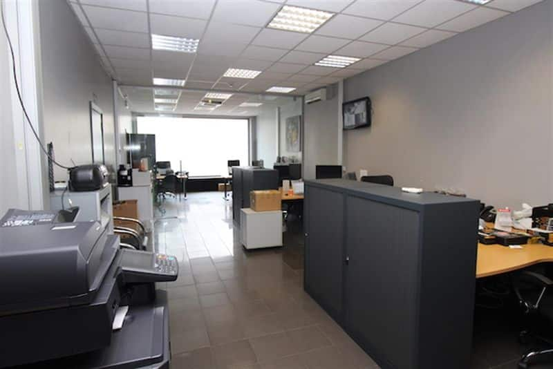 Office or business for sale in Gilly
