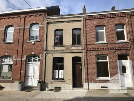 House<span>96</span>m² for rent Binche