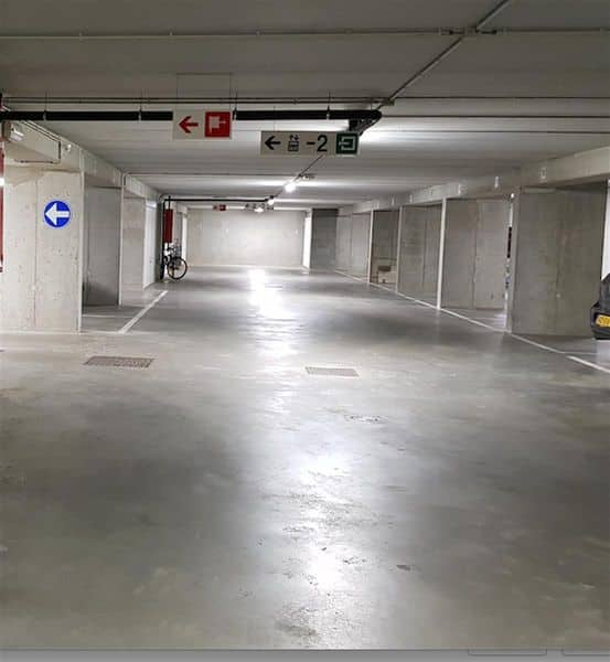 Parking space or garage for sale in Sint Lambrechts Woluwe