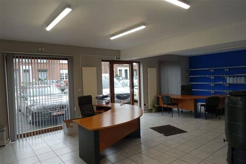 Office or business for rent in Ath