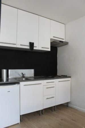 Studio flat for rent in Hyon