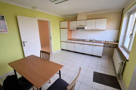 Apartment<span>116</span>m² for rent Trazegnies
