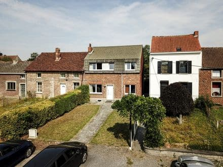House<span>153</span>m² for rent