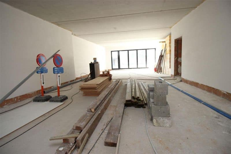 Office or business for sale in Onze Lieve Vrouw Waver