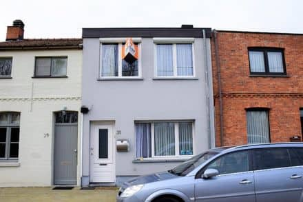 House<span>104</span>m² for rent