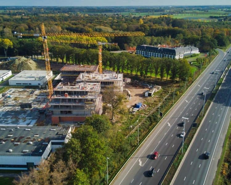 Office for sale in Oostkamp