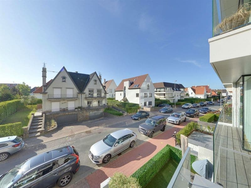 Apartment for sale in Duinbergen
