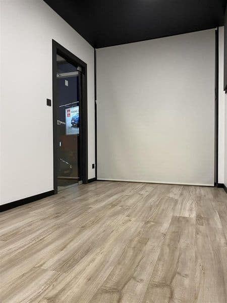 Office or business for rent in Mont Sur Marchienne