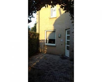 House<span>93</span>m² for rent