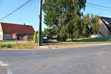 Land<span>669</span>m² for rent Herinnes Lez Pecq