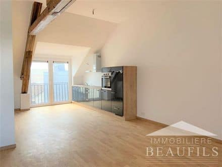 Apartment<span>87</span>m² for rent Manage