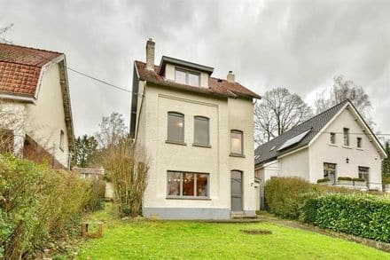 House<span>222</span>m² for rent