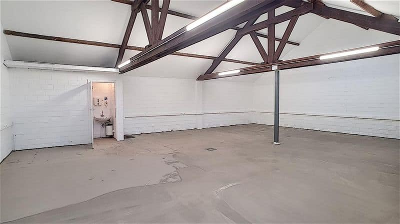 Office or business for rent in Waterloo