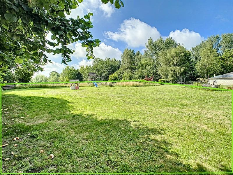 Land for sale in Ostiches