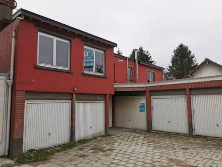 House<span>86</span>m² for rent