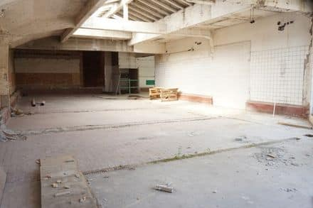 Shop<span>248</span>m² for rent