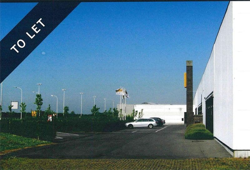 Industrial building for rent in Ostend