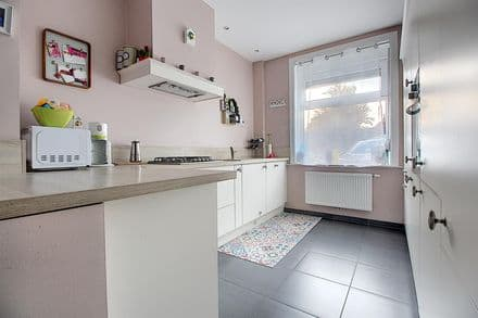 House<span>101</span>m² for rent