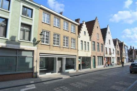 Office or business<span>229</span>m² for rent Brugge