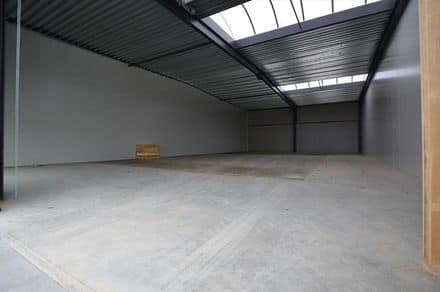 Office or business<span>312</span>m² for rent Lauwe