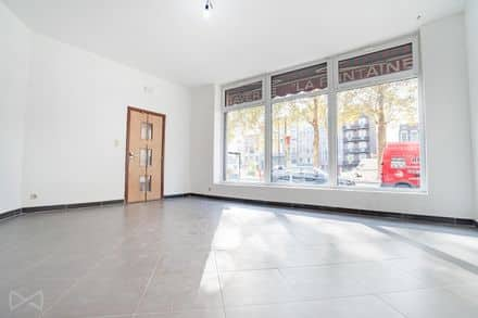 Shop<span>52</span>m² for rent