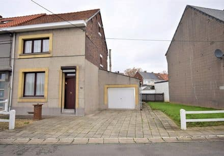 House<span>181</span>m² for rent