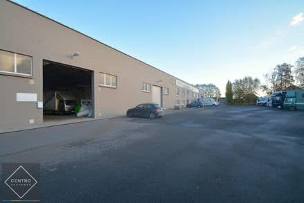 Industrial building<span>1170</span>m² for rent