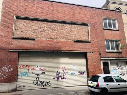 Office or business<span>270</span>m² for rent Charleroi