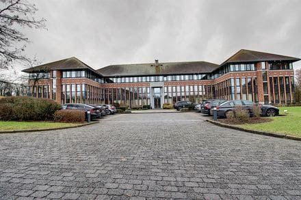 Office<span>440</span>m² for rent