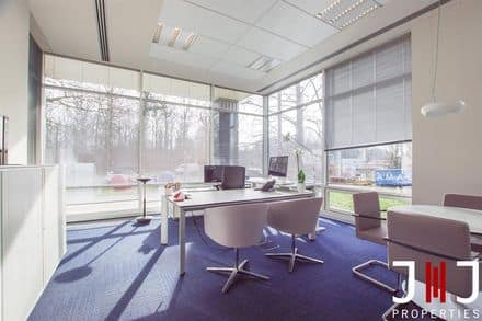 Office or business<span>30</span>m² for rent Kraainem