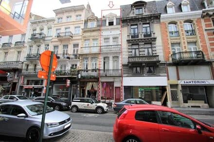 House<span>197</span>m² for rent Brussels
