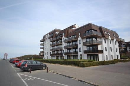 Parking space or garage for rent Koksijde
