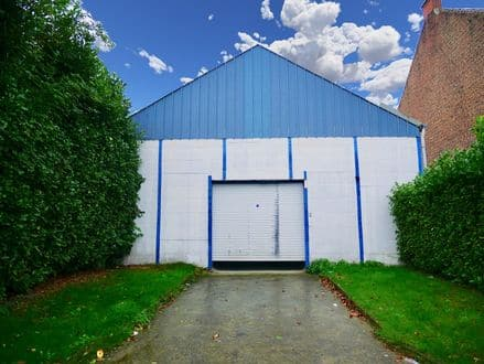 Warehouse<span>240</span>m² for rent