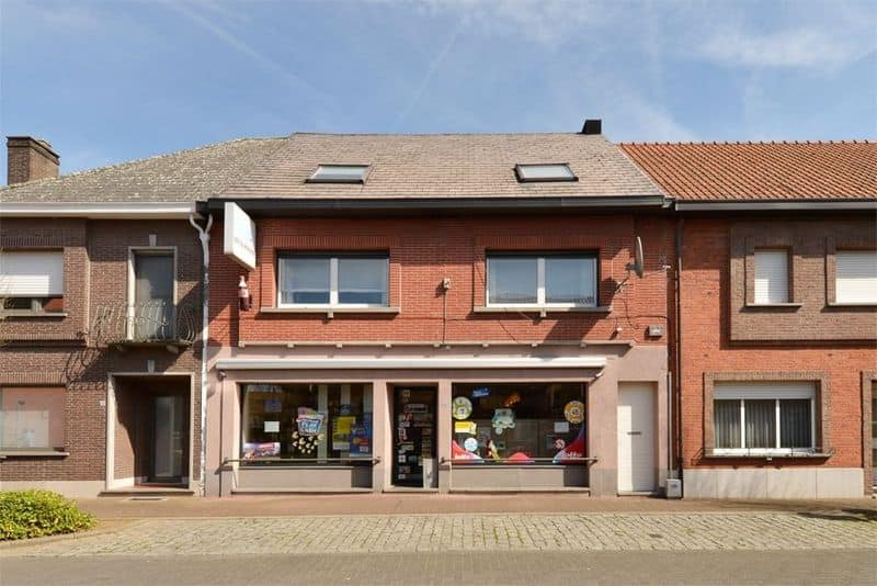 Business for sale in Zoerle Parwijs