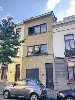 House<span>140</span>m² for rent Brussels