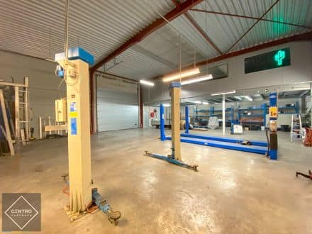 Industrial building<span>275</span>m² for rent